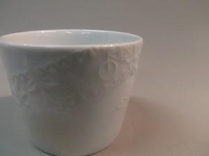 東京の白金にある白金陶芸教室ではタイル等の1日体験や英語での授業もあります。